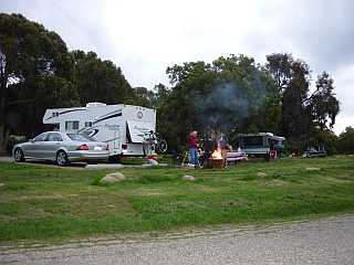 El Capitain Campground guys waving